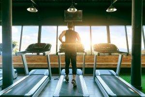 スポーツジムの内装費用を削減する3つの方法!
