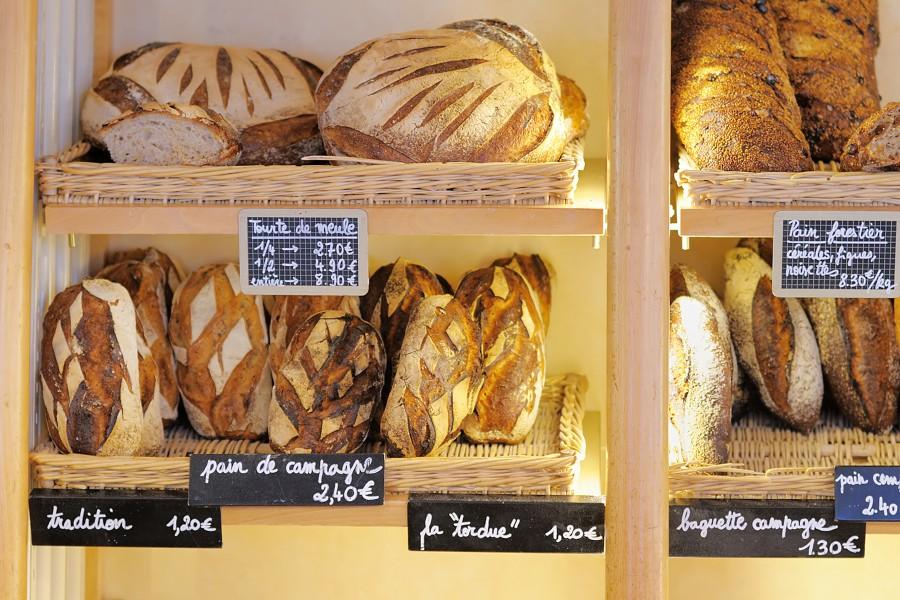 【店舗 インテリア】パン屋は商品もインテリア!美味しく見せて集客するコツ