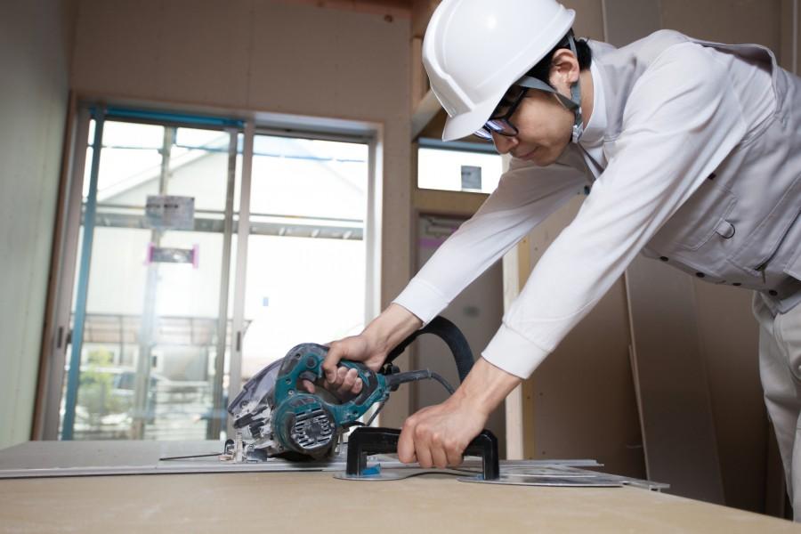 内装工事を取り巻く業界動向と優良な業者を見つけるポイント