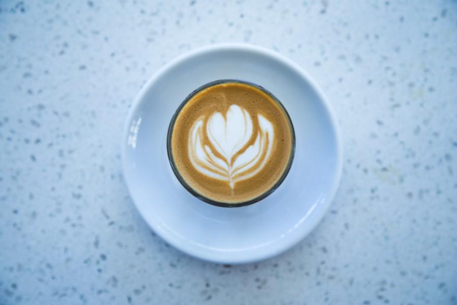 バリアフリーなカフェは内装と接客から提供されるもの