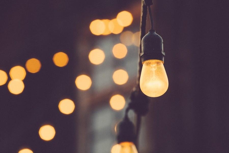 照明は目に優しい明かりにする