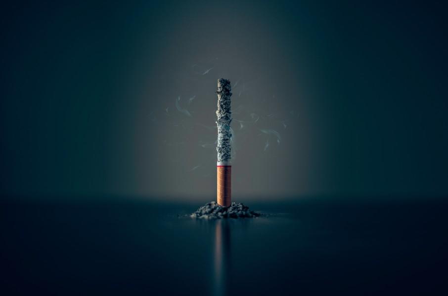 たばこ販売店は「たばこを売る」だけではダメ