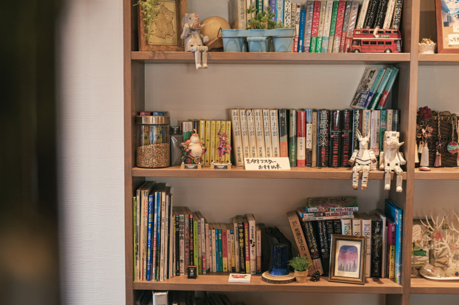 真似したいカフェ④図書館のようなカフェ