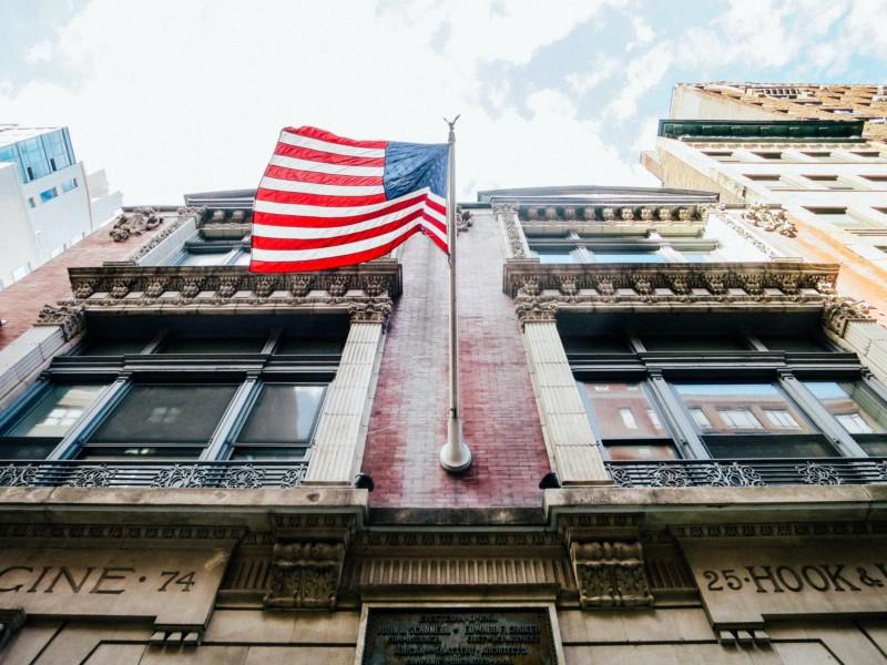 雑貨から作り上げるアメリカンな内装はより魅力溢れる空間になる
