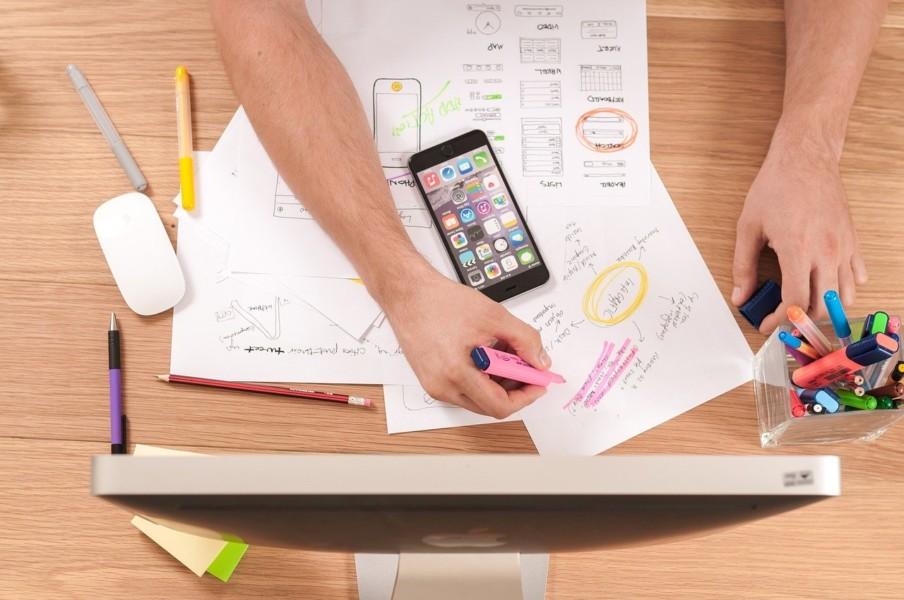 大人な雰囲気を感じるデザインベースを選ぶ