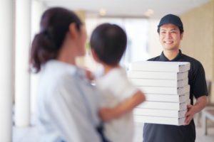デリバリー専門店とイートインができる飲食店、どちらがいいの?