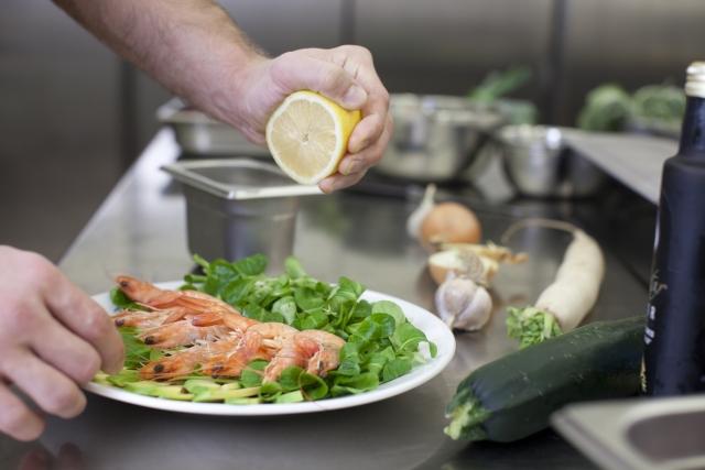 まとめ:オープンキッチンもクローズドキッチンもお店のコンセプト次第