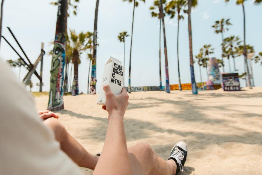 """新しいSCの形 例②""""ビーチをベースにおしゃれな飲食店やスポーツレジャーでビーチリゾートを実現(大阪府泉南市)"""